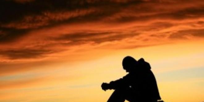 যখন নামাযে দাঁড়াই, তখন মনের ভেতরে যে চিন্তা গুলো চলতে থাকে