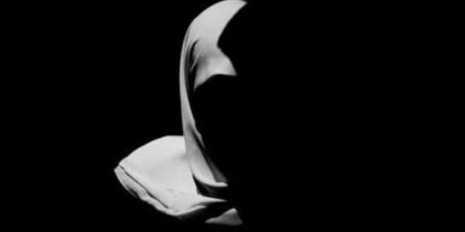 যখন কোন ইসলামপন্থী(?) মেয়েকে বলতে শুনি